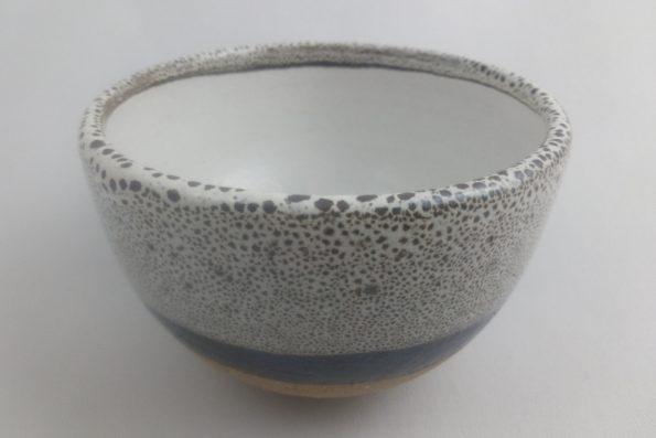 bol à thé noir et blanc terre apparente oterrefeu poterie palaiseau