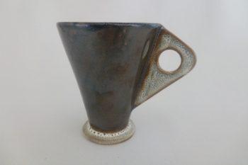 tasse marron et mouchetis oterrefeu poterie palaiseau