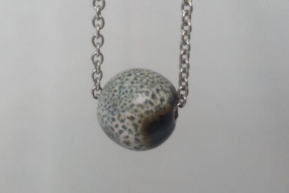 Collier perle noir et blanc