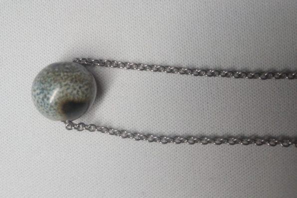 Collier perle noir et blanc poterie palaiseau