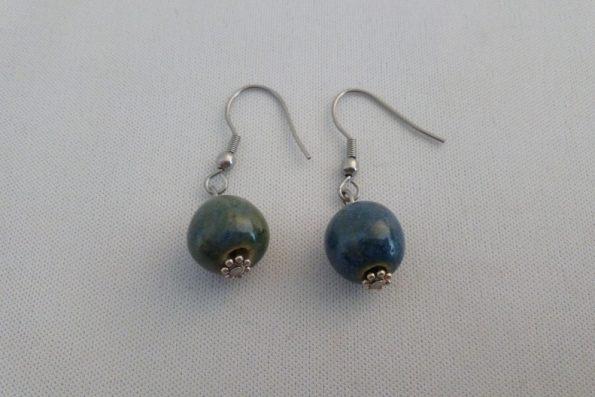 Boucles d'oreilles pendantes perles bleues