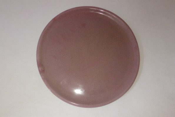 Assiette rose taille moyenne