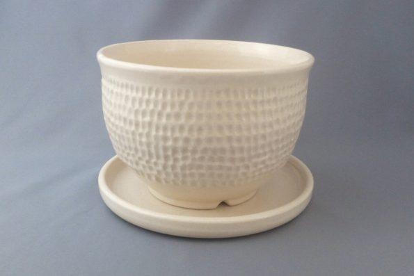 Pot de fleurs blanc texturé en céramique