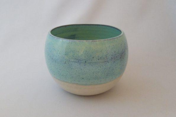 Vase rond lagon et crème en céramique