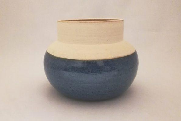 Vase rond bleu brillant blanc mat en céramique